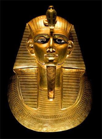 Mascara-dorada-de-Psusennes-I.Nrbelex